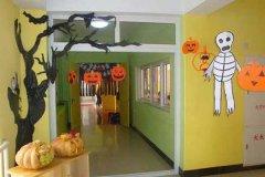幼儿园万圣节环创图片_幼儿园万圣节吊饰布置:好吓人_教室布置网