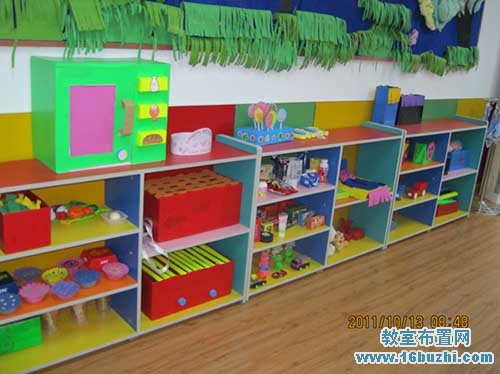 幼儿园美工区域布置_教室布置网