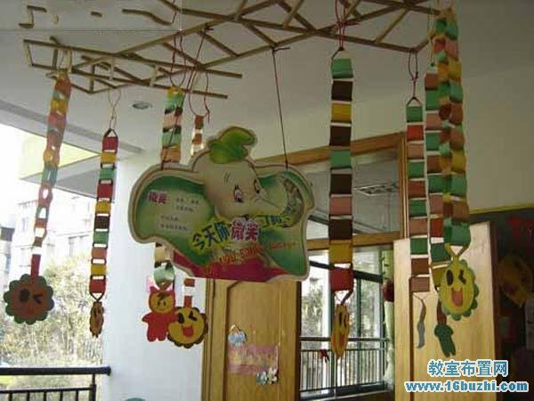 幼儿园门廊吊饰布置_教室布置网图片